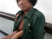 เนตรนารีที่เป็นข่าว คาชุดเลยเปิดนมให้เพื่อนชายในห้องจับแถมให้ดูดฟรี นมมึงใหญ่ใช่ไหมไอน้อง