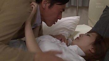 แพ้ทางผู้ชายเล้าโลมเก่ง xvideos เลขาคนสวยทำหน้ายั่วควยอ้อนขอให้เจ้านายรีบเย็ดเร็วๆ หนังโป๊ญี่ปุ่น