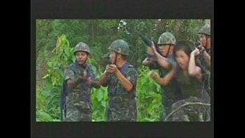 """หนังโป๊ไทยแท้ๆ """"พรางชมพู"""" ทหารไทยได้เย็ดหญิงกลางป่าหน้าตายั่วเย็ดเอาเรื่อง นมโตหุ่นเซ็กซี่ใครจะไม่ควยแข็ง"""
