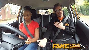 โรงเรียนสอนขับรถเก๊ FakeHUBไอ้หนุ่มแว่นนักเย็ดขาประจำให้คำพูดหวานหว่านล้อมหลอกล่อหญิงมาเย็ดฟรี
