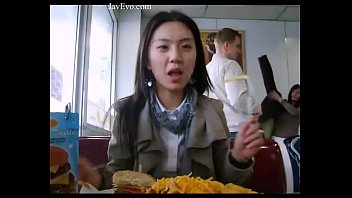 หลุดทางบ้านส่งจากกรุงโซล สาวเกาหลีเงี่ยนหีไม่แพ้ชาติใดในโลกเย็ดกับแฟนหนุ่มตั้งกล้องอวด18+