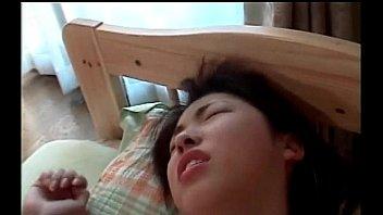 AVsex หนังโป๊เย็ดหีโหด ซอยแรงมากเอาจนตัวแอ่นหัวกระแทกเตียง ควยกระแทกหีพร้อมกันครางลั่นแน่นอน
