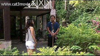 หนังโป๊ยุคปี2012 สาวบ้านนอกโดนเย็ดกลางน้ำตกริมธรรมชาติจัดหีไปชุดใหญ่เอวไวไฟร่านร้อนแรงเสียวหีสุดยอด