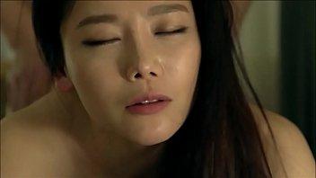 xxxหนังโป๊เกาหลี เล้าโลมเลียหีแยงลิ้นเอาให้เสียว ผิวดีหน้าเนียนเห็นละเงี่ยนน่าเย็ดจริงๆ
