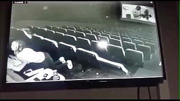 หลุดแอบถ่ายในโรงหนัง 18+ hiddencam คู่รักไม่เปิดห้องเย็ดมาเสียวในโรง หารู้ไม่ถูกจับได้ทุกท่า คลานไปโม๊กต่อด้วยเย็ดสดไม่สนโลก