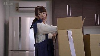 AVญี่ปุ่นเต็มเรื่อง หนังเอ็กซ์เย็ดเมียฉลองบ้านใหม่ ของไม่เก็บขอเช็ดหีเธอให้สะอาดเสียก่อน เบิร์นจนเสียวน้ำเดินเข้าปาก พร้อมสำหรับควยหัวถอกใหญ่ๆ