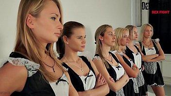 หนังแนวเซ็กหมู่ Uncen Lesbian กลุ่มเมดสาวคนใช้ตีฉิ่งเป็นคู่ ฝึกขมิบหีถูไถกันจนน้ำแตก หญิงเย็ดหญิงก็เสียวหีไม่แพ้โดนควย