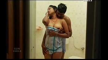 xxxหนังอินเดีย18+ แขกสาวนมใหญ่เตรียมเสียวหี แก้ผ้าให้หนุ่มหื่นดูดนมเลียหี ปลุกเร้าอารมณ์เงี่ยนจนอยากเย็ดหีให้พัง