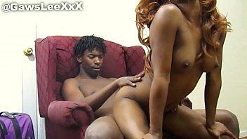 หนังXXXแอฟริกา หนุ่มผิวสีใช้ควยเย็ดหีเพื่อนสาว เปิดกล้องเอาตูดกันจนรูบาน เย็ดเสียวครั้งนี้ต่อไปขี้คล่องแน่นอน