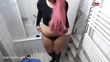 porn หนังโป๊ฝรั่งเรื่องเด็ด สาวน่ารักใช้ปากดูดควยรัวๆ โม้กแล้วมันส์ปากอมควยไม่หยุด ดูดควยแล้วเย็ดในห้องน้ำ เงี่ยนควยแข็งเลยค่ะ